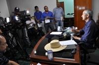 Em coletiva à imprensa, presidente da Câmara anuncia medidas de contenção de despesas