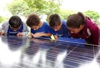 Legislativo votará projeto que viabiliza energia solar para mais duas escolas