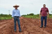 Quintão e Hélio cobram medidas de urgência na MT 339 para atender pequenos produtores