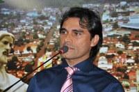 Rogério Silva destaca a importância da aprovação de projeto que garante abastecimento de água para novos loteamentos